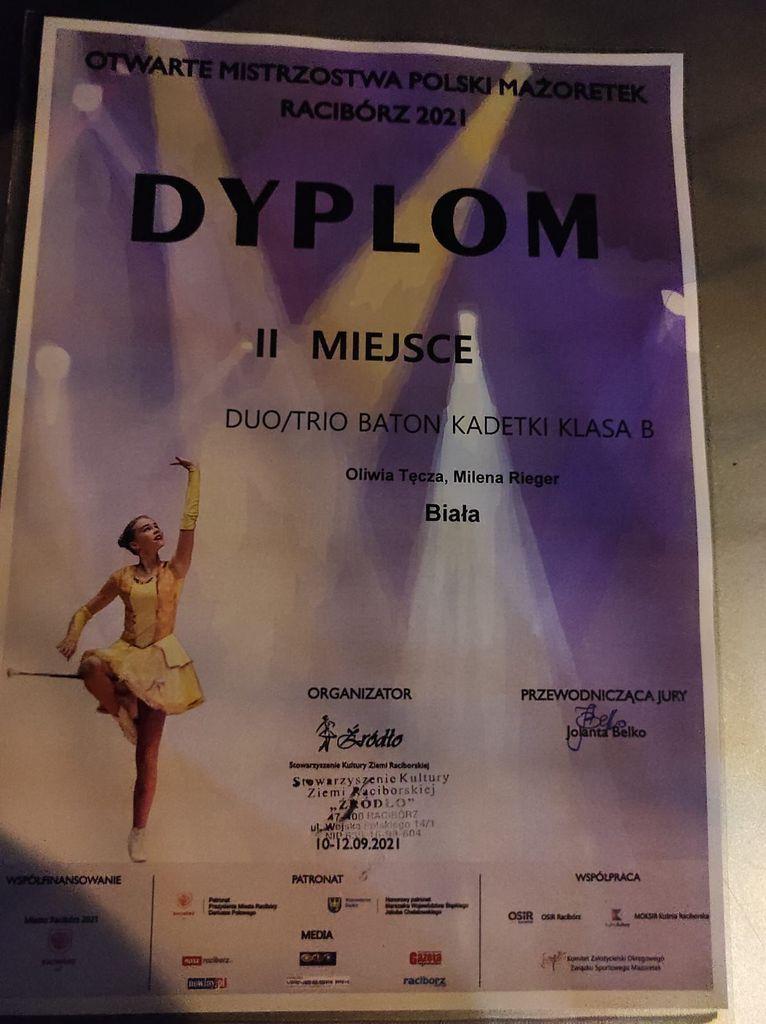 Zdjęcie przedstawia dyplom zdobyty przez bialskie mażoretki na Mistrzostwach Polski w Raciborzu