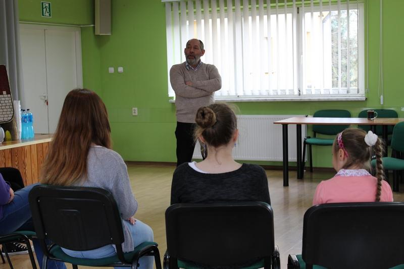 16.04.15 miały miejsce warsztaty teatralne z aktorem Zbigniewem Walerysiem.