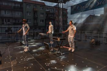 Dni Białej - na scenie zespół FREAKY BOYS